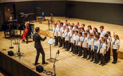 Choir - Nidus Theatre Arts