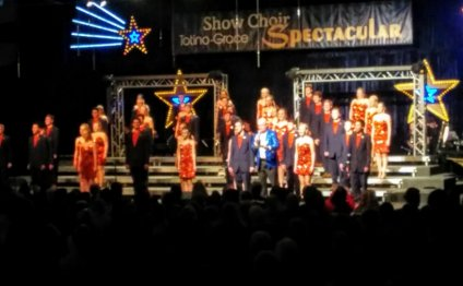 Totino-Grace Show Choir