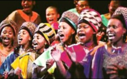 HOSANNA--Soweto Gospel Choir