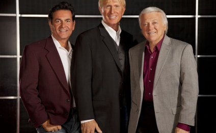 The Lettermen stand the test