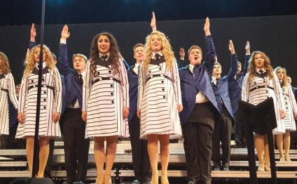 Top Hastings show choir starts