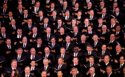 Men of the Mormon Tabernacle Choir