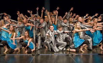 Monona Grove Show Choir